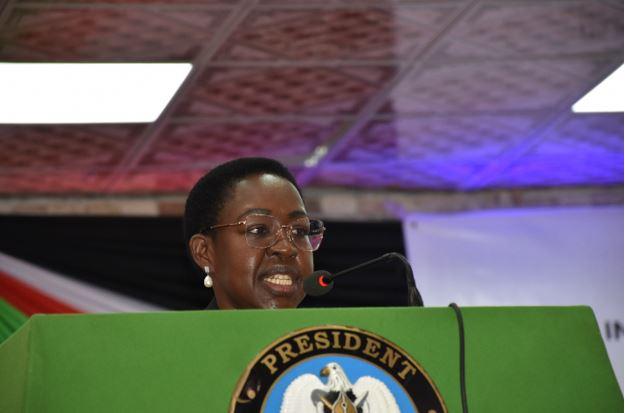 Kumba promises speedy renovation of parliamentary building
