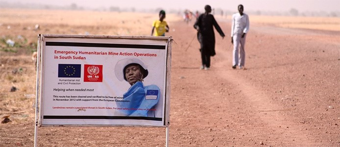 UK stops cash for land mine clearance